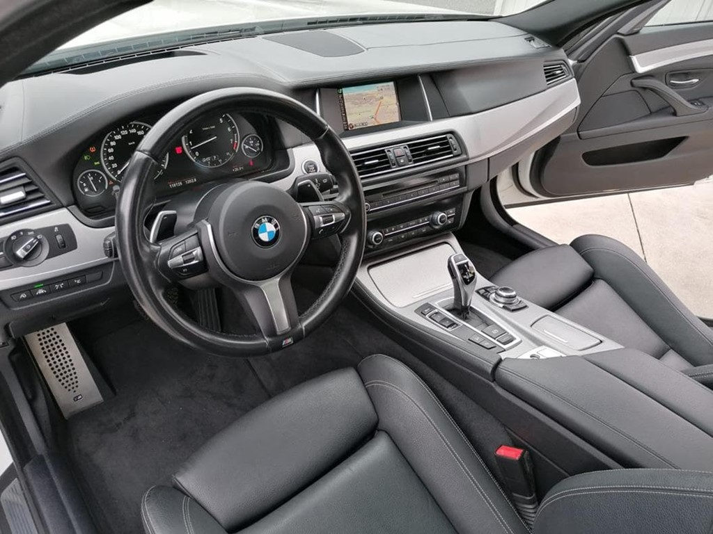 Foto 10 BMW-535 I  XDRIVE TOURING
