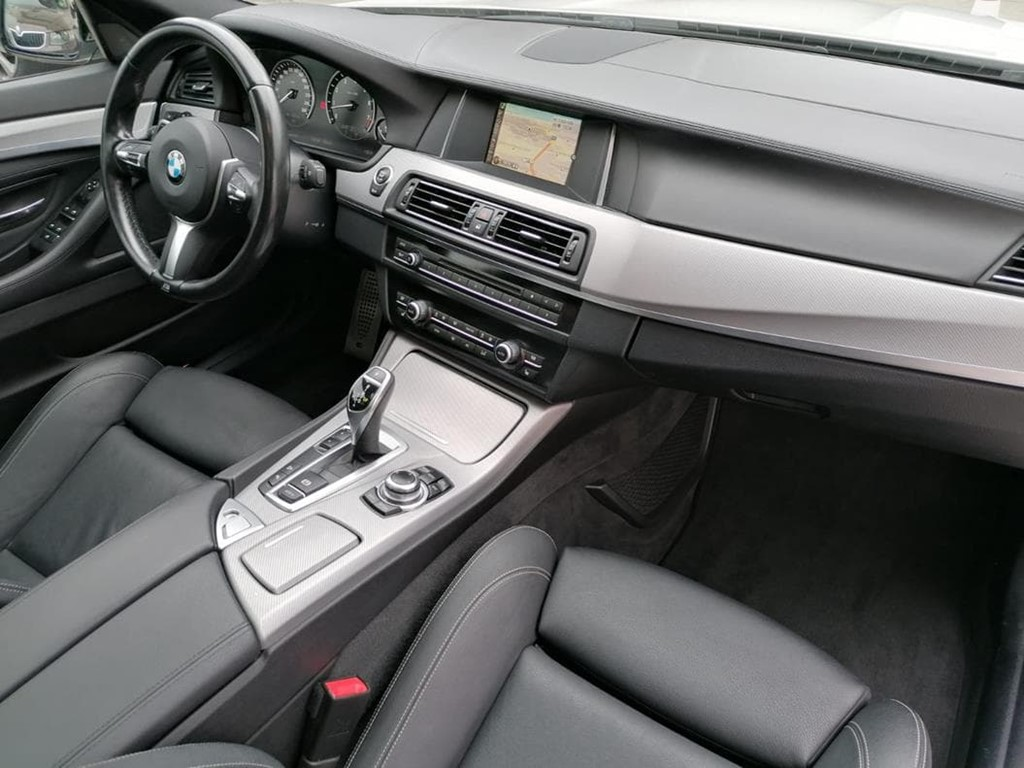 Foto 11 BMW-535 I  XDRIVE TOURING