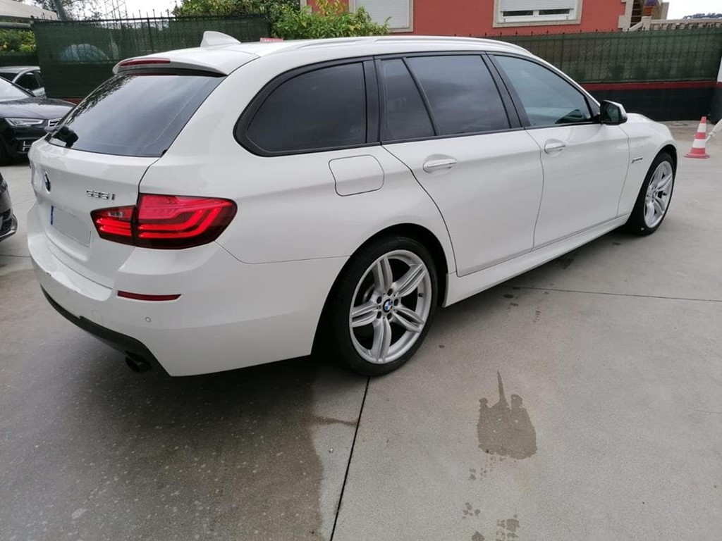 Foto 3 BMW-535 I  XDRIVE TOURING
