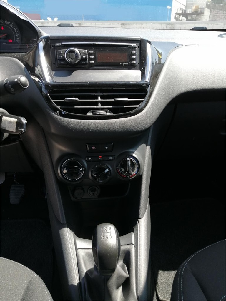Foto 7 PEUGEOT 208 1.4 HDI BUSSINES LINE