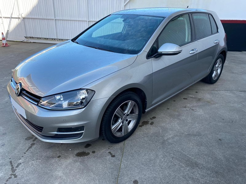 VOLKSWAGEN GOLF 1. 6 TDI 105CV  ADVANCE