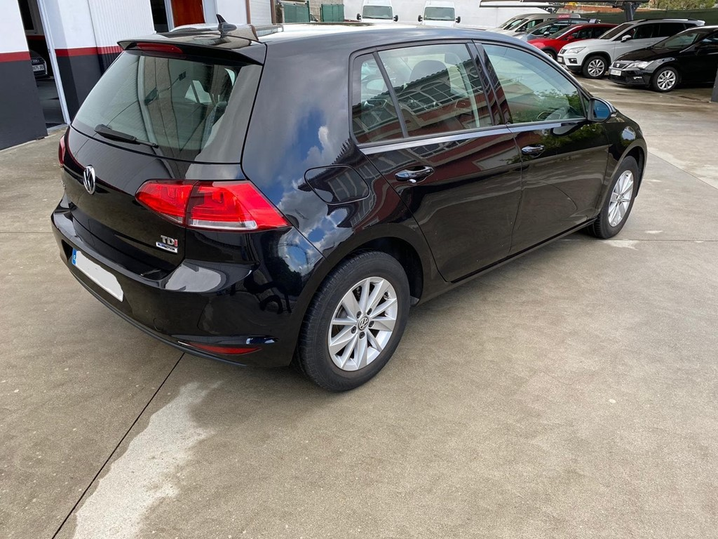 Foto 4 VOLKSWAGEN GOLF 1.6 TDI 105CV  BUSINESS NAVI