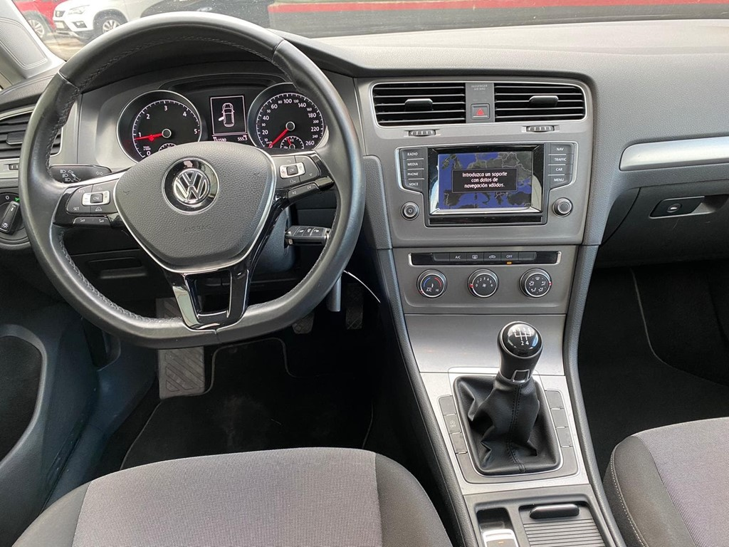 Foto 7 VOLKSWAGEN GOLF 1.6 TDI 105CV  BUSINESS NAVI