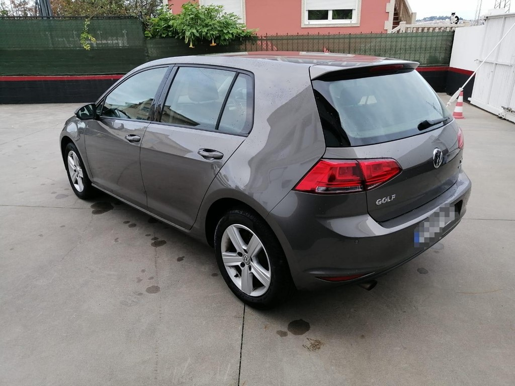 Foto 4 VOLKSWAGEN GOLF 1.6 TDI ADVANCE 105CV