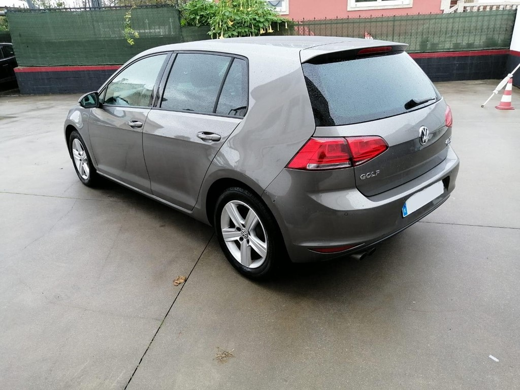 Foto 4 VOLKSWAGEN GOLF 2.0 TDI 150CV  ADVANCE  BLUEMOTION